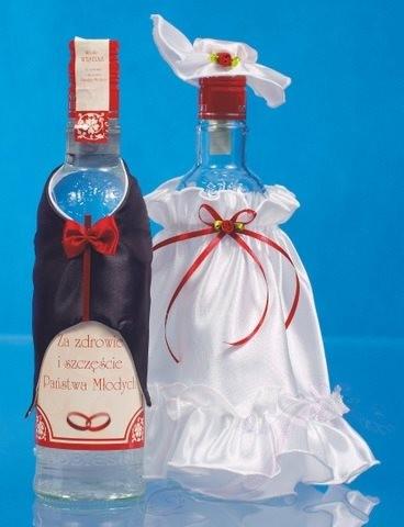 Paris Dekorace Ozdoba na lahve šaty a oblek bílo-bordó