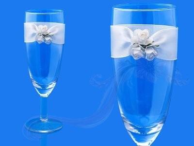 Paris Dekorace Skleničky na šampus s bílými růžemi